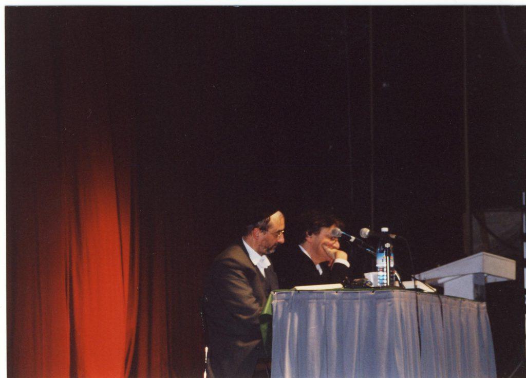 Benny Lévy et Alain Finkielkraut, Jérusalem, février 2002